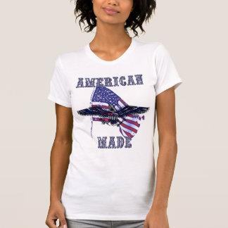 Parte superior feita americana camiseta