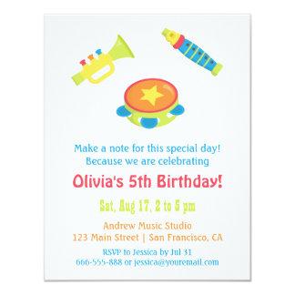 Partido de aniversário de criança colorido dos convite 10.79 x 13.97cm