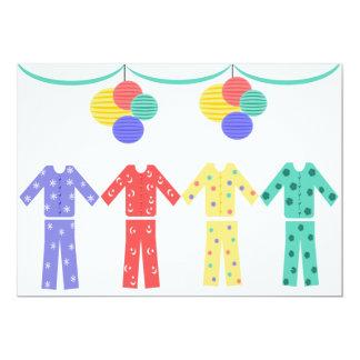 Partido de pijama dos pijamas em seguido convite 12.7 x 17.78cm