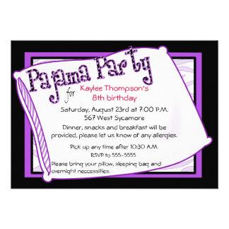 Partido de pijama em preto e no roxo convite personalizado