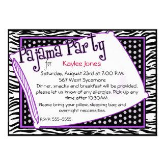 Partido de pijama em preto e no roxo convites personalizados