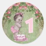 Partido de primeiro aniversario bonito da princesa adesivo em formato redondo