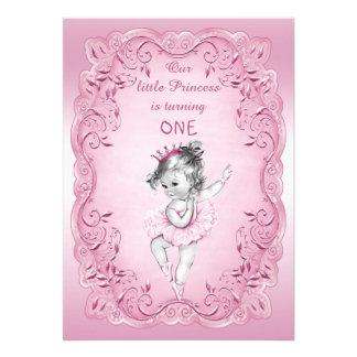 Partido de primeiro aniversario cor-de-rosa da pri