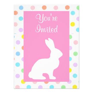 Páscoa branca do coelho e dos pontos convites