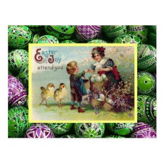 Páscoa, pintinhos, ovos e crianças do vintage cartões postais