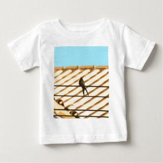 Passarinho T-shirts