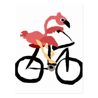 Pássaro cor-de-rosa engraçado do flamingo na cartão postal