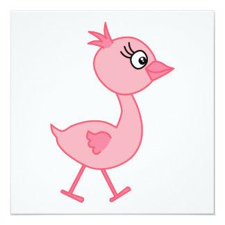 Pássaro cor-de-rosa, um pássaro de passeio bonito convite quadrado 13.35 x 13.35cm