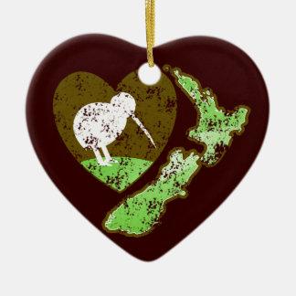 Pássaro NOVA ZELÂNDIA do quivi com um coração do Ornamento De Cerâmica Coração