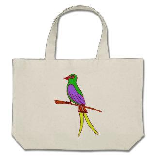 Pássaro tropical colorido em um saco do verde ir bolsa