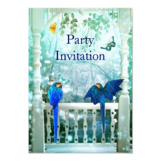 Pássaros azuis do convite no balcão