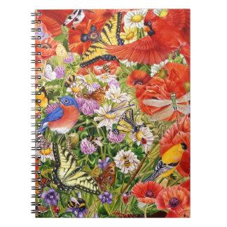 Pássaros, borboletas e caderno espiral das abelhas