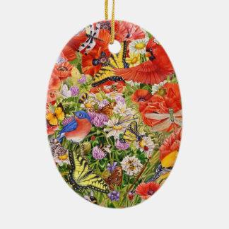 Pássaros, borboletas e ornamento cerâmico oval das