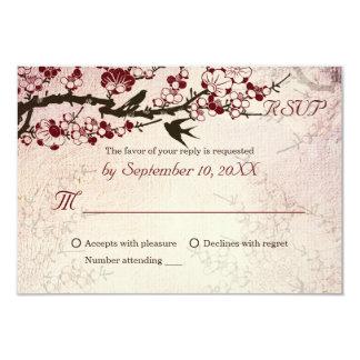 Pássaros da flor de cerejeira e do amor que convite 8.89 x 12.7cm