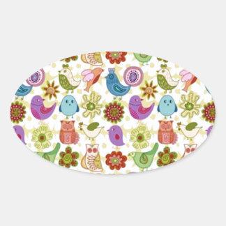 passaros do de flores e do divertido do padrão adesivo oval