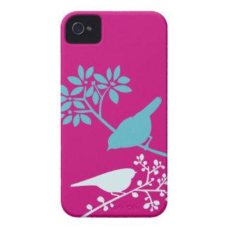 Pássaros do rosa quente e do azul capinhas iPhone 4