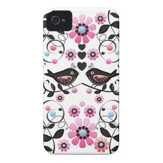 Pássaros, flores & redemoinhos românticos do amor capinha iPhone 4