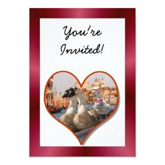 Passeio romântico da gôndola com fundo vermelho do convite 12.7 x 17.78cm