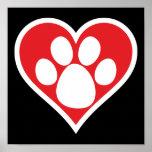 Pata do cão do coração (escura) pôsteres