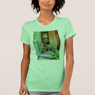 Patamar com cadeira acolchoada camisetas