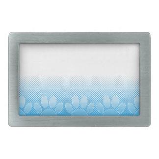 Patas azuis e brancas com fundo do papel de jornal
