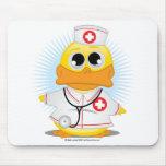 Pato da enfermeira mousepads