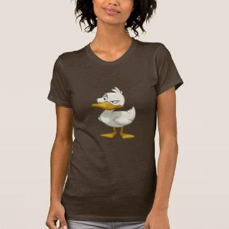 Pato em uma camisa