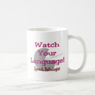 """Patologista de discurso """"relógio sua língua """" canecas"""