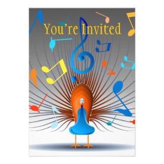 Pavão colorido das notas musicais convite personalizados