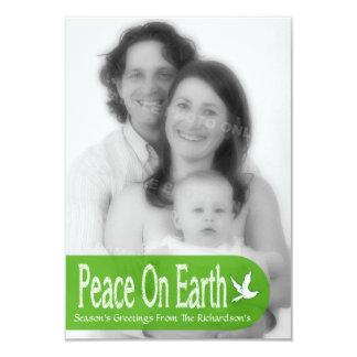 Paz no cartão com fotos do feriado da pomba da convite personalizado