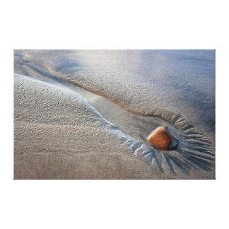 Pedra solitária impressão de canvas envolvidas