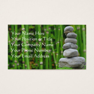 Pedras do zen e cartão de visita de bambu