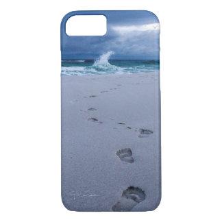 Pegadas nas capas de iphone da areia