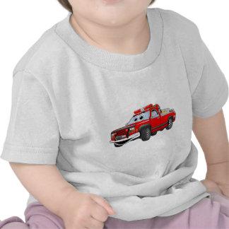 Pegare desenhos animados do carro de bombeiros camiseta