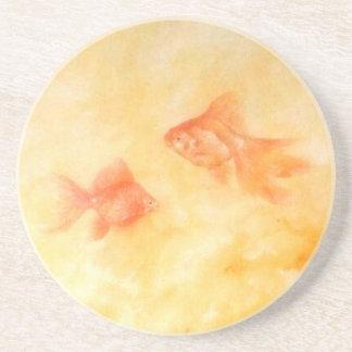 Peixe dourado dois porta-copos de arenito