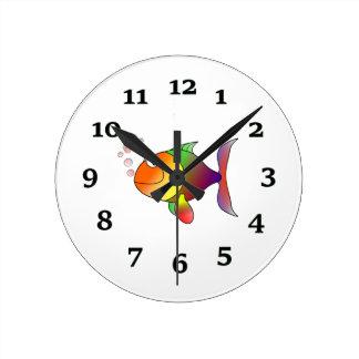 Peixes dos desenhos animados relógio redondo