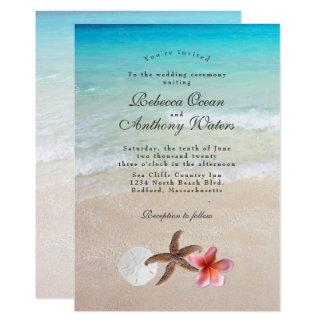 Pelos convites do casamento do Plumeria da estrela