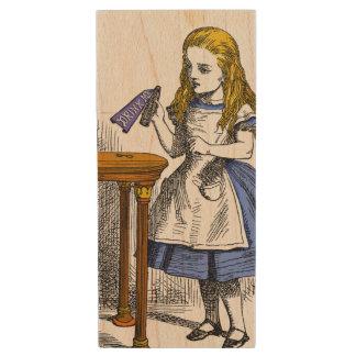 Pen Drive De Madeira Alice no país das maravilhas