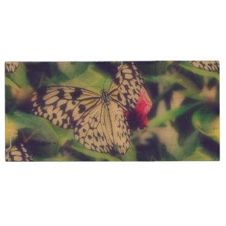 Pen Drive De Madeira Colagem da borboleta