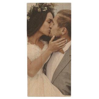 Pen Drive De Madeira O casamento ou a foto do noivado criam seus