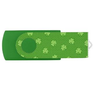 Pen Drive Dia verde de Patricks do santo do teste padrão do
