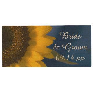 Pen Drive Girassol amarelo no favor azul do casamento