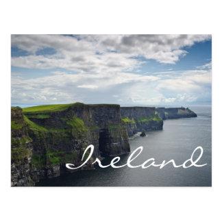 Penhascos de Moher no cartão do texto de Ireland