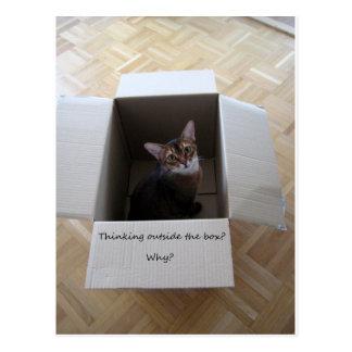 Pensamento fora da caixa cartão postal