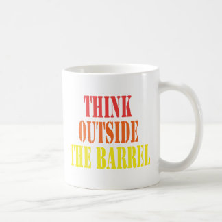Pense fora do tambor caneca de café
