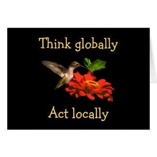 Pense global o cartão vazio do colibri do ato