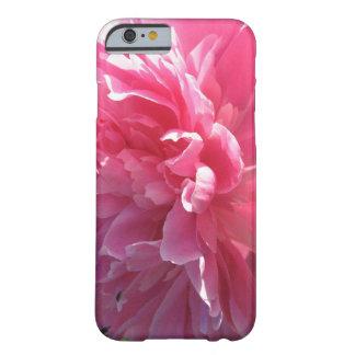 Peônia cor-de-rosa capa barely there para iPhone 6