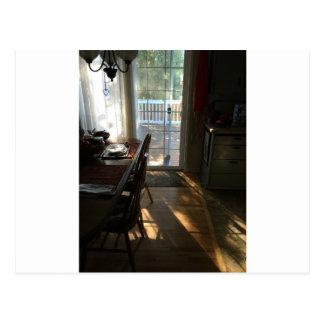 Pequeno almoço com cartão da luz do sol cartão postal