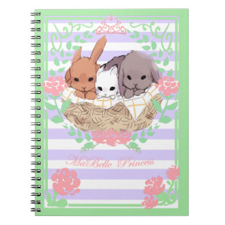 pequeno roxo/branco do caderno dos coelhos do trio