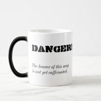 """""""Perigo!"""" Caneca de café Morphing"""
